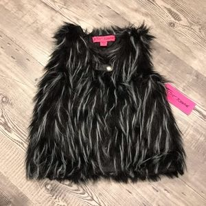 Betsey Johnson Jackets & Coats - NEW Betsey Johnson Toddler Faux Fur Vest